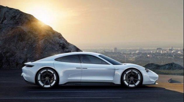 Dünyanın en değerli 10 otomobil markası!