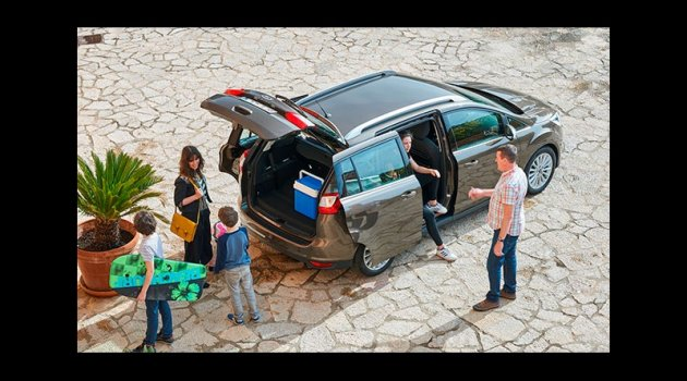 """Yeni Ford C-MAX ailesi """"1.5L Dizel Otomatik"""" seçeneğiyle büyüyor"""